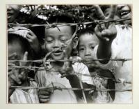 artists/Fearon, Greg/thumb/Fearon, Greg - Peacenicks.jpg